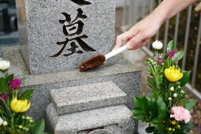墓石の掃除